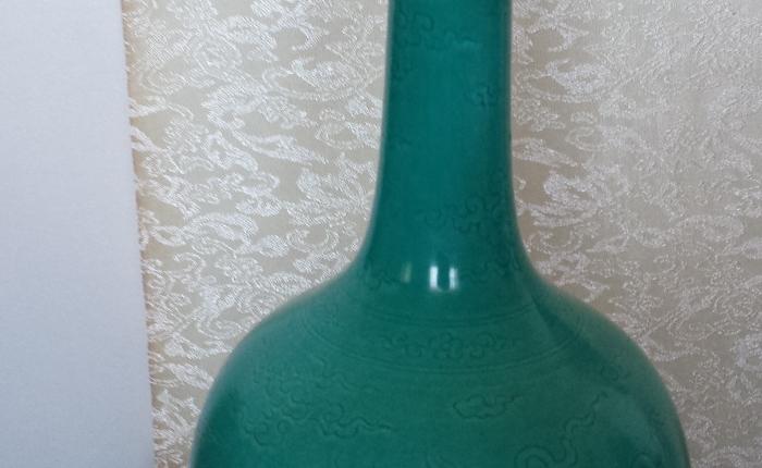 Chinese antique Qing Dynasty turquoise glazevase
